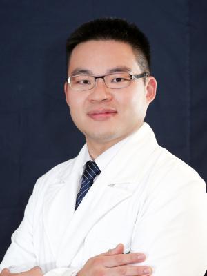 劉冠麟 醫師