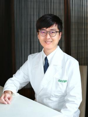 張凱俊 醫師