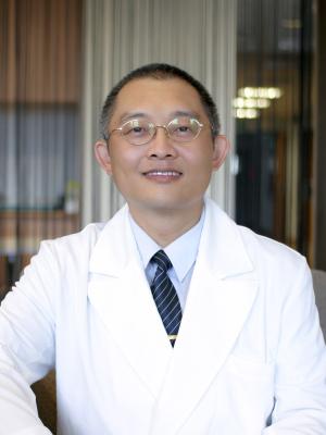 李彝邦 醫師