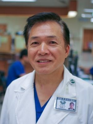 急診部醫師 胡勝川