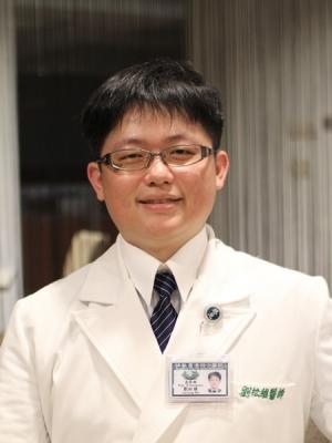 急診部醫師 劉松維