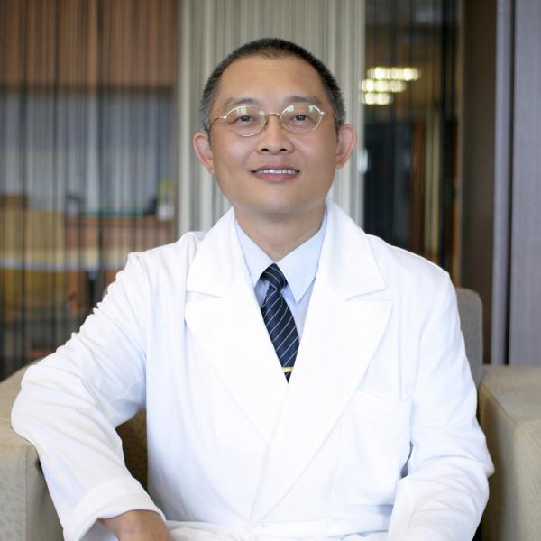 LEE YI-PANG