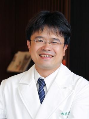 邱雲柯醫師
