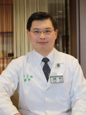 黃威翰醫師