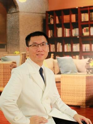 李建輝 醫師