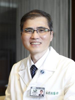 邱琮朗 醫師