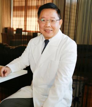 詹文宗 醫師