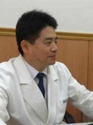 劉鴻文醫師