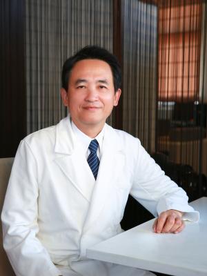 韓鴻志醫師