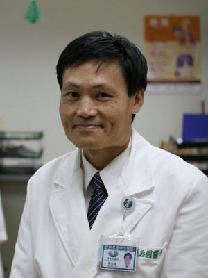 楊治國 醫師